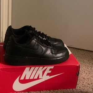 Mint condition all black Air Force 1
